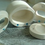 Drop out moulds with verges for slip casting